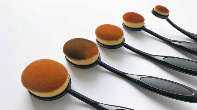 Oval Brushes 2.jpg