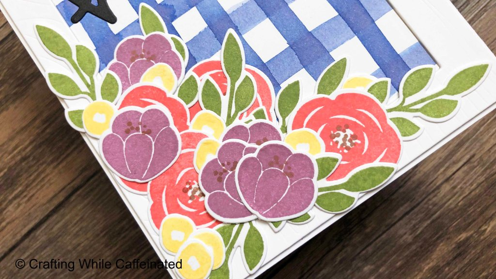 Flower clusters can be tricky to layer! I love the Altenew Floral Elements stamp and die set for easy flower bouquets!